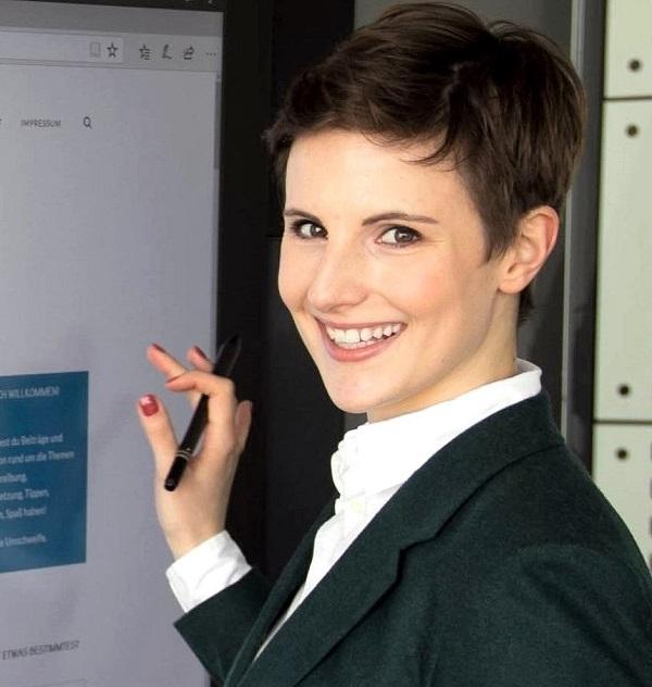 Jana Hohlweg Digital Work Experience Profilbild